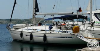Sailboat Bavaria 38 2000