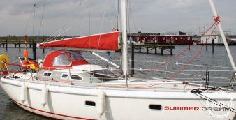 Sailboat Etap 32 i 2000