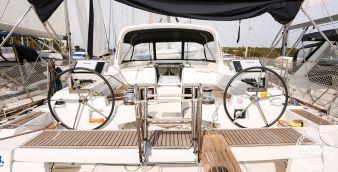 Barca a vela Beneteau Oceanis 55 2013