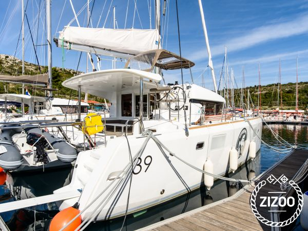 Lagoon 39 2014 Catamaran