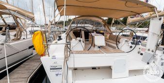 Sailboat Dufour 412 2017