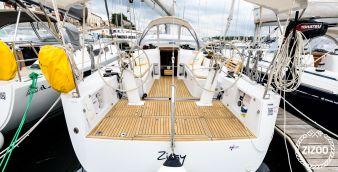 Sailboat Grand Soleil 39 2013