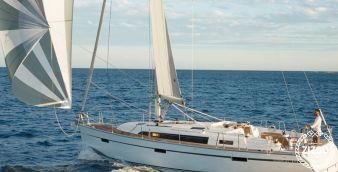Sailboat Bavaria Cruiser 41 (2014)