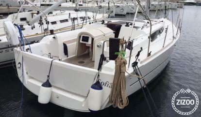 Sailboat Dufour 350 (2016)