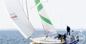 Barca a vela Varianta 44 2011