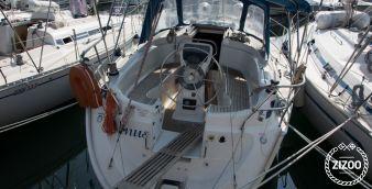 Sailboat Bavaria 32 2002