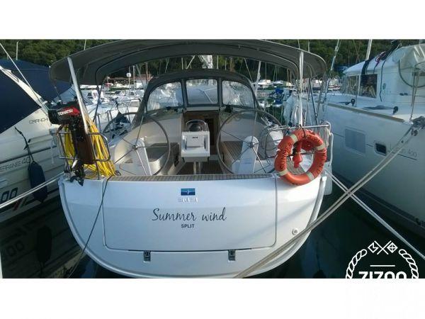 Bavaria Cruiser 37 2015 Sailboat