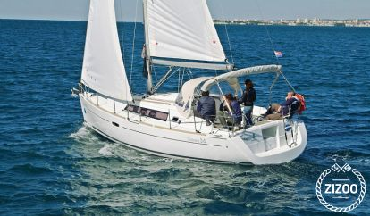 Sailboat Beneteau Oceanis 34 (2009)