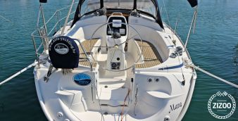 Sailboat Bavaria Cruiser 33 2006