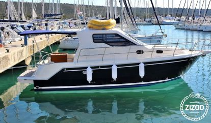 Imbarcazione a motore Sas Vektor 950 (2016)