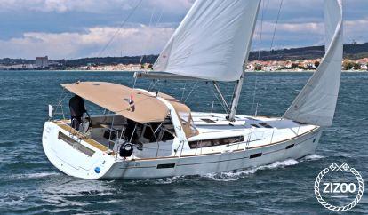 Sailboat Beneteau Oceanis 45 (2012)