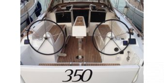 Sailboat Dufour 350 2016