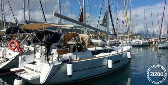 Sailboat Dufour 350 Grand Large 2016