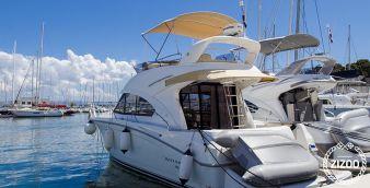 Barca a motore Beneteau Antares 36 2011