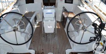 Sailboat Jeanneau Sun Odyssey 379 (2013)