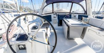 Sailboat Beneteau Oceanis 45 2013