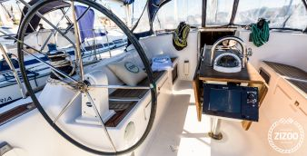 Sailboat Dufour 425 2007