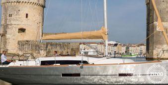 Sailboat Dufour 382 2015
