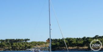 Sailboat Jeanneau 57 2010