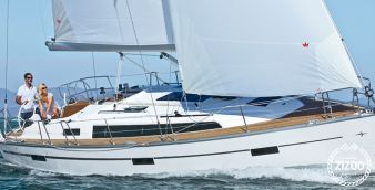 Sailboat Bavaria Cruiser 37 2015