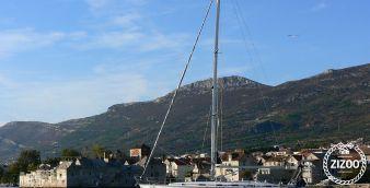 Sailboat Bavaria 49 2003