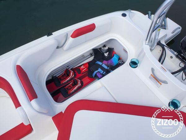 Sportboot Bayliner 180 Bowrider (2017)-4