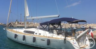 Sailboat Beneteau Oceanis 50 2009