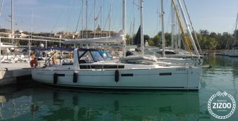 Sailboat Beneteau Oceanis 41 2012
