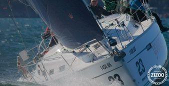 Sailboat Bavaria Cruiser 40 s 2012