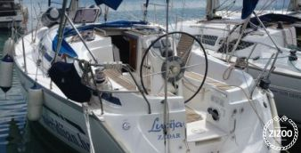 Sailboat Bavaria 32 2003