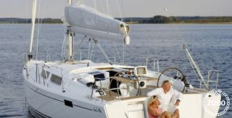 Sailboat Hanse 385 2014