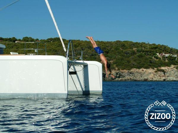 Catamarano Lagoon 52 (2013)-1