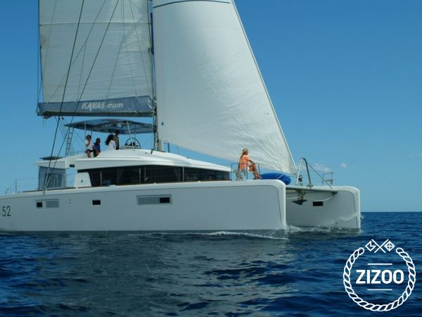 Catamarano Lagoon 52 (2013)-4