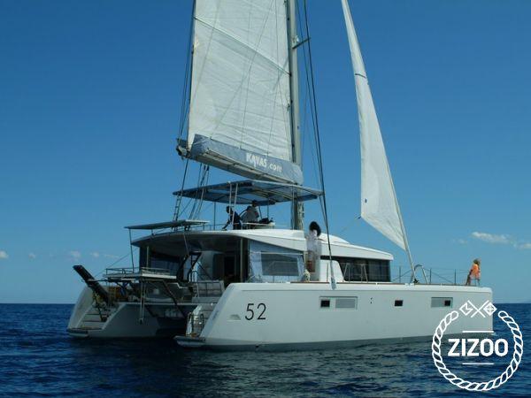 Catamarano Lagoon 52 (2013)-0