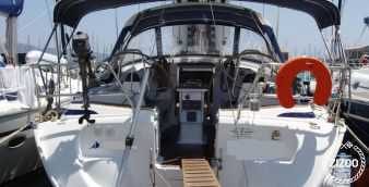 Sailboat Bavaria Cruiser 42 2005