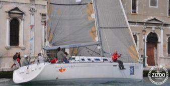 Sailboat Beneteau First 40.7 2002