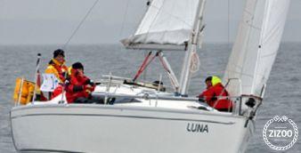 Sailboat Delphia 33 2010