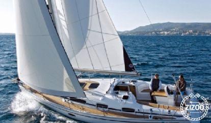 Sailboat Bavaria Cruiser 34 (2009)