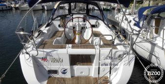 Sailboat Beneteau Oceanis 34 2012