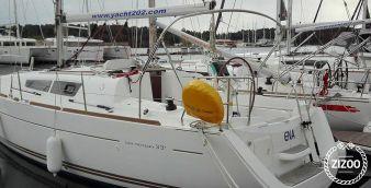 Sailboat Jeanneau Sun Odyssey 33 i 2012