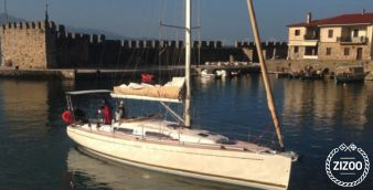 Sailboat Salona 42 2011