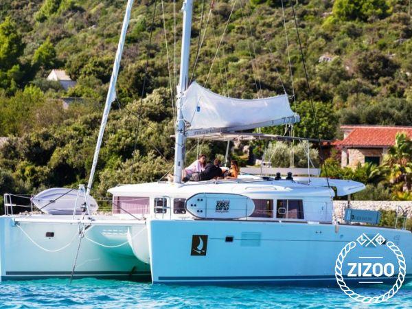 Catamarano Lagoon 450 Luxury (2016)-0