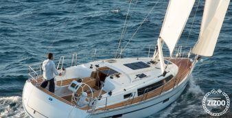 Sailboat Bavaria 37 cruiser 2007