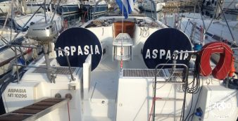 Sailboat Beneteau Oceanis 46 2009