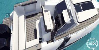 Motor boat Beneteau Flyer 850 2016