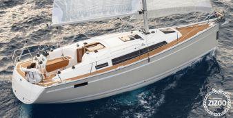 Sailboat Bavaria Cruiser 33 2017