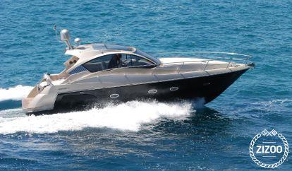 Barco a motor Mirakul 40 (2017)