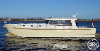 Barca a motore Luna 44 2017