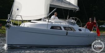 Sailboat Hanse 325 2011