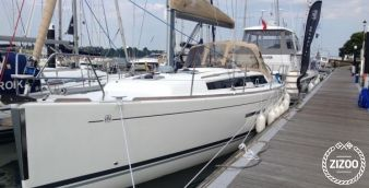 Sailboat Dufour 382 2015
